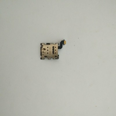 Шлейф с сим коннектором HTC One M8